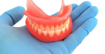 . Как легко привыкнуть к съемным зубным протезам