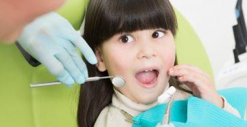 Тактика лечения черного налета на зубах у ребенка