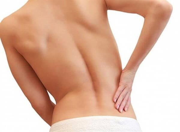 Симптом может указывать на болезни почек и печени