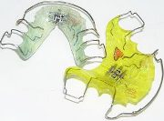 Преимущества пластин для выравнивания зубов