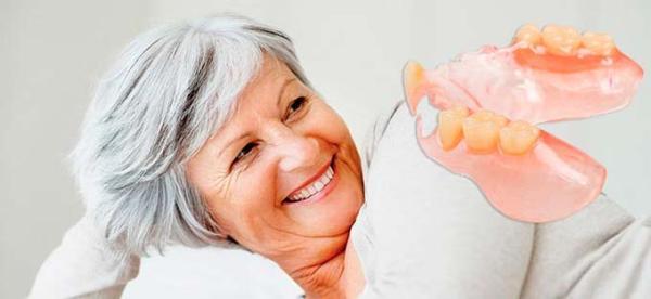 Съемные зубные протезы acry free