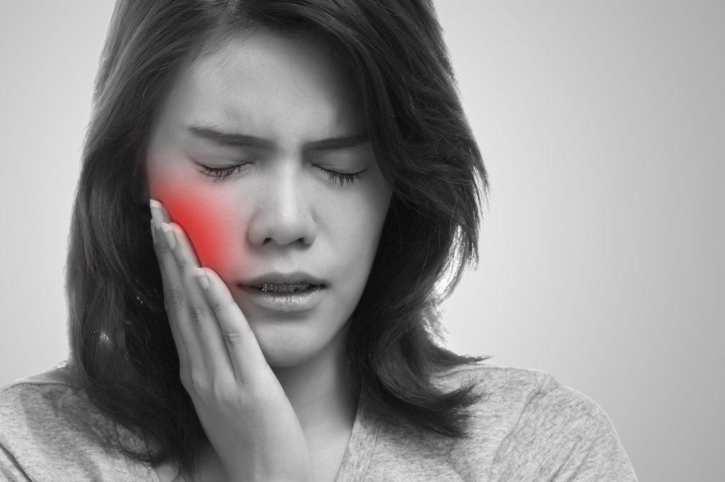 Что делать при боли в зубах при беременности