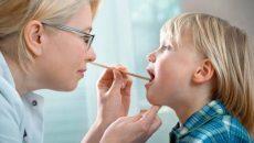 Чем опасен и как лечить герпетический стоматит у детей