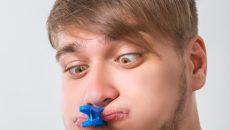 Плохой запах изо рта – причины появления и методы лечения