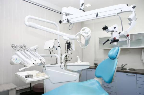 Сколько стоит поставить имплантат зуба