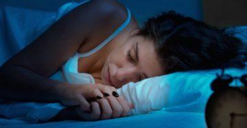 Скрежет зубами во сне – причины и лечение