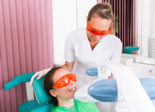Отбеливание зубов zoom цена