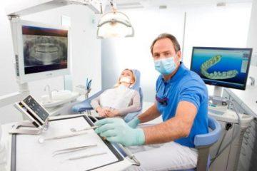 Разновидности зубных протезов покрывных по материалу и способу крепления