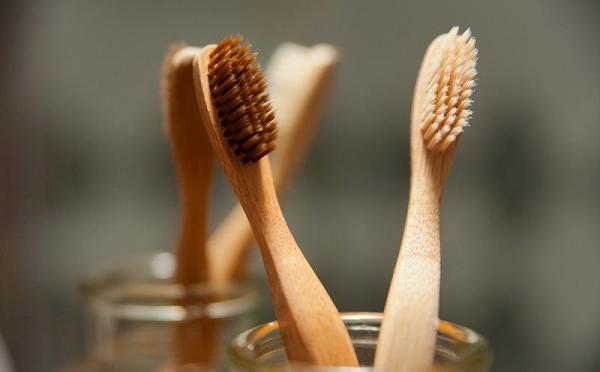Зубная щетка из бамбукового угля отзывы