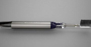 Показания и противопоказания к применению ионной зубной щетки