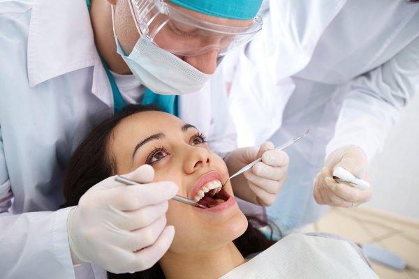 Регулярные посещения стоматолога