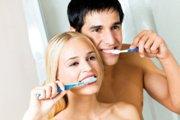 Как правильно чистить зубы взрослым