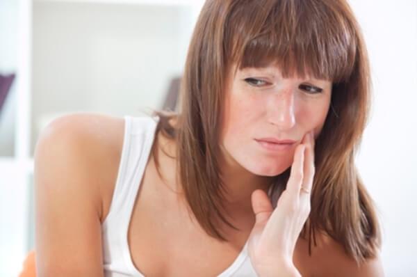 Симптомы некроза твердых тканей зуба