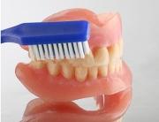 Средства по уходу за съемными зубными протезами