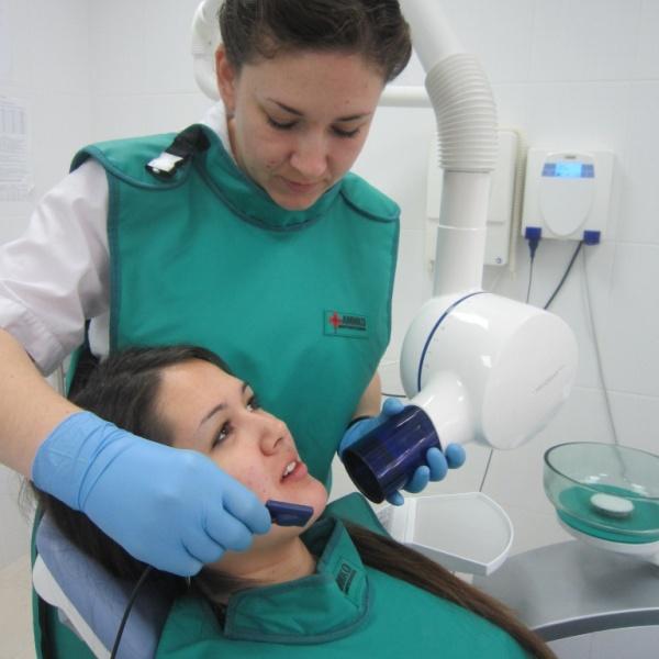 Можно ли делать рентген зуба при беременности на ранних сроках