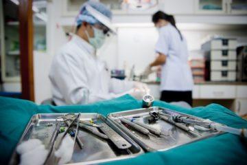 Стоматолог хирург ― что знает и что делает