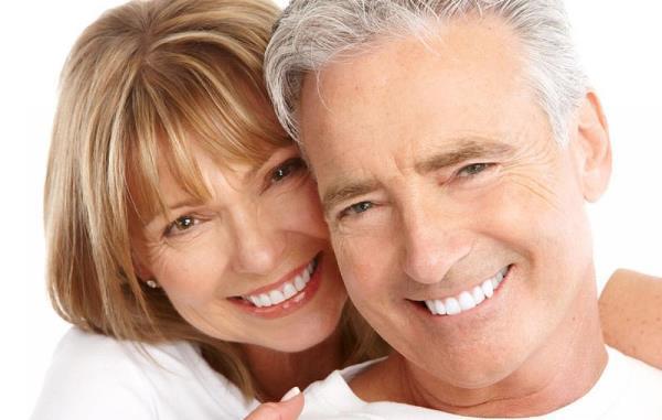 Скидки на протезирование зубов военным пенсионерам