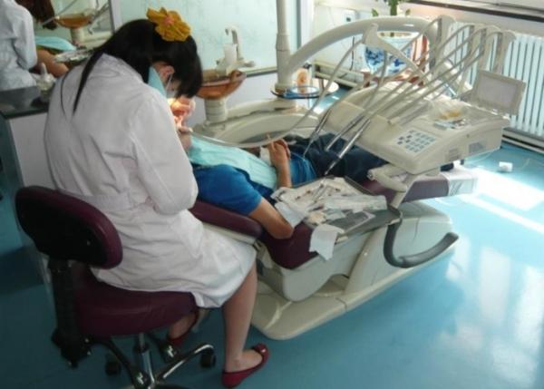Лечить и вставить зубы в хэйхэ отзывы